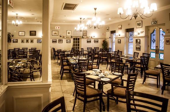 Restaurant Interior At Gold Reef City Theme Park Hotel
