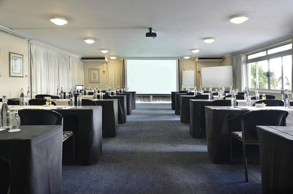 Peninsula All-Suite Hotel boast with many conference venues.